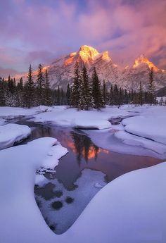 Mount Kidd Reflecting Pools in Banff, Alberta #Banff