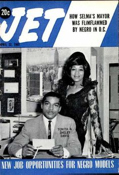The weekly source of African American political and entertainment news. Jet Magazine, Black Magazine, Ebony Magazine Cover, Magazine Covers, John Johnson, Essence Magazine, Vintage Black Glamour, Famous Black, Black History Facts