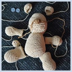 medvídek návod Crochet Square Patterns, Amigurumi Patterns, Softies, Dinosaur Stuffed Animal, Teddy Bear, Stitch, Christmas Ornaments, Toys, Holiday Decor