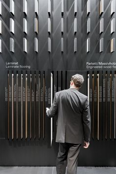 Museum Display Around The World Wall design exhibition behance new Ideas Raising a Interactive Exhibition, Exhibition Display, Exhibition Space, Museum Exhibition, Display Design, Booth Design, Store Design, Wall Design, Display Wall