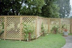 Stunning Ideas: Privacy Fence On Retaining Wall Fence Ideas Inexpensive.Outside Fence Varnish. Retaining Wall Fence, Pallet Fence, Metal Fence, Fence Stain, Stone Fence, Brick Fence, Concrete Fence, Bamboo Fence, Fence Landscaping