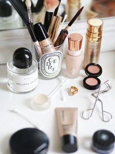 20 Essentials For Your Morning Beauty Routine | Bloglovin' — The Edit | Bloglovin' #ItalianBeautySecrets #BeautyRoutinePlanner Charlotte Tillbury, Beauty Make-up, Beauty Secrets, Beauty Products, Beauty Tips, Makeup Products, Makeup Blog, Beauty Hacks, Makeup Geek
