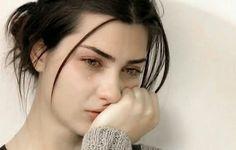 Se você conhece alguém que recentemente tornou-se deprimido ou simplesmente infeliz em geral, então pode querer ver estes seis maus hábitos, para ajudá-la.