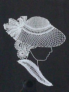 Mujer con sombrero Scrap Quilt Patterns, Lace Patterns, Crochet Patterns, Crochet Yarn, Free Crochet, Bobbin Lace, Needle Lace, Nail String Art, Lace Art