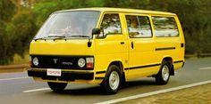 Toyota Hiace Combi UK-spec '1982–89