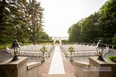 Photography: Brian Dorsey Studios - briandorseystudios.com  Read More: http://www.stylemepretty.com/2015/01/15/traditional-tappan-hill-mansion-wedding/