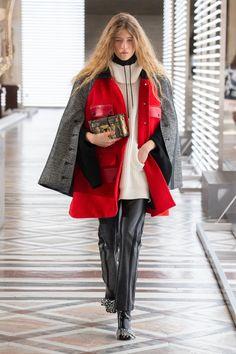 Louis Vuitton | Ready-to-Wear Autumn 2021 | Look 15 Nicolas Ghesquière, Live Fashion, French Fashion, Fashion Show, Fashion Weeks, Louis Vuitton, Dior, Runway Fashion, Womens Fashion