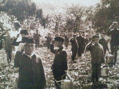 """Српчићи у поробљеној Србији на """"преваспитавању"""". Serbian children in occupied Serbian being """"re-educated"""", WWI"""
