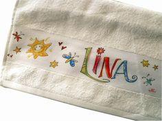 Kuscheliges Handtuch mit Namen, Einschulung von RosiRosinchen via dawanda.com