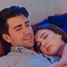 Sweet Dreams my love 🖤 Cute Couples Goals, Couple Goals, Just Amazing, Just Love, Sweet Dreams My Love, Romantic Scenes, Turkish Beauty, Turkish Actors, Disney Wallpaper