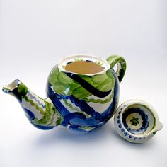 Alle Kannen, Krüge, Vasen der Familie VertBleu! Die Grün-Blaue Designfamilie von Unikat-Keramik. Das wohl einzigartigste Keramik Geschirr der Welt! Sugar Bowl, Bowl Set, Tea Pots, Tableware, Design, Blue Green, Vases, Unique, Dishes