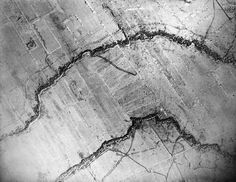 Aerial photography showing the proximity between the British Army (⬆️) and the German (⬇️) trenches on the Wester Front, June 1916.  .