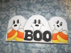 Boo! Painted Pavers, Painted Bricks, Paver Stones, Stepping Stones, Craft Projects, Projects To Try, Craft Ideas, Brick Crafts, Halloween Rocks