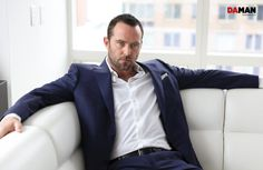 Outtakes_SULLIVAN STAPLETON_Blindspot NBC_SULLIVAN STAPLETON of Blindspot NBC in Suit and shirt by canali, pocket square by O'Harrow clothiers