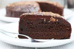 Idealna čokoladna torta koja izgleda onako kakvog je okusa - intenzivno, mekano, sočno i najfinije