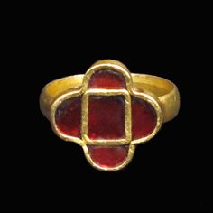 Lot: Gothic Gold Ring with Garnets, c. 5th Century AD, Lot Number: 0023, Starting Bid: $2,600, Auctioneer: Artemission, Auction: Antique Jewellery of the Ancient World, Date: March 22nd, 2017 MSK