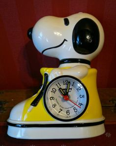 "Retro Vintage 1960s Snoopy Super Beagle Working Alarm Clock 5""Across by 6.5""Tall"