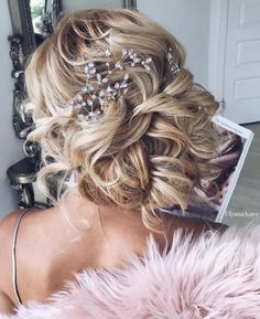 Cute hairstyles for long hair perfect for every season from everyday to wedding,wedding hairstyles. Get inspired by these gorgeous styles that will leave any bride Wedding Hairstyles For Long Hair, Wedding Hair And Makeup, Bridal Updo, Wedding Updo, Boho Wedding, Wedding Bride, Trending Hairstyles, Up Hairstyles, Hairstyle Images