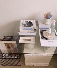 Beige Aesthetic, College Dorm Rooms, Architectural Digest, New Room, House Rooms, Home Decor Inspiration, Living Spaces, Room Decor, House Design