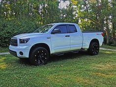 Here's a few recent pics of my Rock Warrior. Toyota Tundra Forum, R15 Yamaha, Toyota Trucks, Pick Up, Car Pictures, San Antonio, Offroad, Muscle Cars, Project Ideas