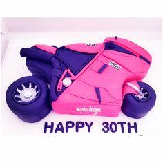 Vroom vroom.... #ducati #ducaticake #thirty #dirtythirty #guyscake #customcakes #cakes #details #motorcycle #bike #redvelvet #edible #weddings #events #socialevents #corporate #birthdays #cakeboss #bridalshower #babyshower #anniversary #cakeblog #cakelady #men #guys #torontoblog #toronto #blog #mpiredesigns