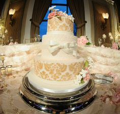 wedding cakes ontario ca a fairytale wedding with blush pink amp ivory details in 25189