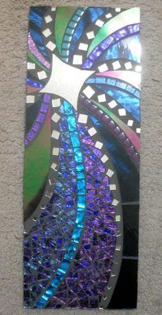 mosaics by JunkGypsee Blue Mosaic, Mosaic Diy, Mosaic Garden, Mosaic Crafts, Mosaic Projects, Mirror Mosaic, Mosaic Wall, Mosaic Glass, Mosaic Tiles