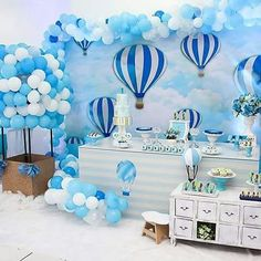 Ideas baby shower decorations to make balloon arch Baby Shower Brunch, Baby Shower Table, Unique Baby Shower, Baby Shower Decorations For Boys, Baby Shower Themes, Shower Ideas, Princesse Party, Boy Decor, Baby Shower Cookies