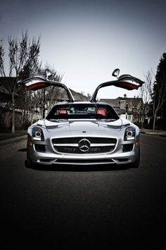 Mercedes SLS AMG - gullwing doors #likeaboss | See more about sport cars, mercedes sls and sls amg.