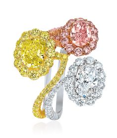 Tri-Color Oval Diamond Ring