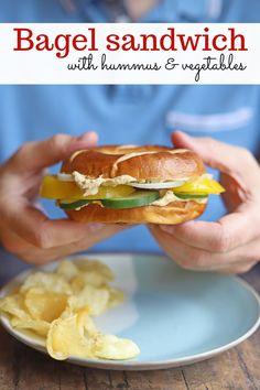 This bagel sandwich is a simple lunch that's ready in no time. Just toast a bagel. Then top it with a slathering of homemade hummus and fresh, crunchy sliced vegetables. Perfect for on the go! #easylunch #bagel #bagelsandwich #veganlunch Good Healthy Recipes, Clean Eating Recipes, Whole Food Recipes, Sandwiches For Lunch, Wrap Sandwiches, Vegan Split Pea Soup, Vegan Bagel, Vegan Tomato Soup, Bagel Sandwich