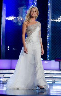 Miss America 2011. I'm loving the drape of this chiffon
