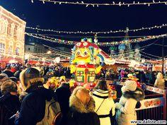 BOŽIĆNI VAŠARI U EVROPI :) DEO III – MOSKVA #daliste #Moskva #Moscow #Christmas #Bozic #Newyear #Novagodina Čini se da su božićni vašari ovde, u Moskvi, tek skoro počeli da se organizuju. Zapravo, oni se uglavnom javljaju uz klizališta na otvorenom, kojih tokom zime u Moskvi ima mnogo, i nisu ograničeni samo na period do Božića, već traju dok ima klizanja.