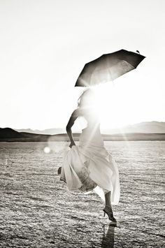 Happy girl with parasol Black White Photos, Black And White Photography, Studio Pilates, Arte Black, Art Photography, Wedding Photography, Photography Magazine, Under My Umbrella, Umbrella Art