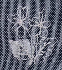 motif broderie sur tulle Tambour Embroidery, Couture Embroidery, Embroidery Stitches, Embroidery Patterns, Machine Embroidery, Broderie Bargello, Ribbon Embroidery Tutorial, Bobbin Lace Patterns, Lacemaking