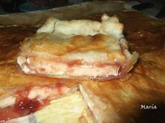 Empanada de queso brie con mermelada