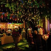 love the outdoor hanging tea lights --could do battery powered for safety?
