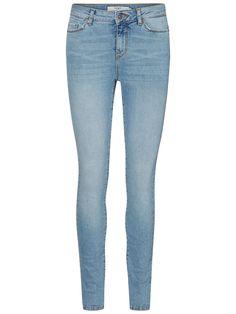 Light blue denim jeans from VERO MODA. Bekleidung, Leichte Denim Jeans,  Skinny Fit 7a978772d7
