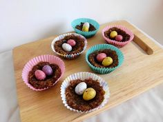 No-Bake Chocolate Oat Easter Nests recipe - a slightly healthier alternative to normal Easter cookies. Great for making with kids! | www.pinkrecipebox.com