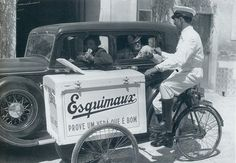 Ice cream salesman Lisbon 1930