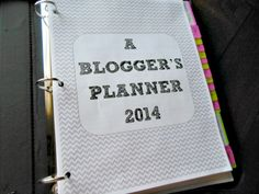 A blogger's Planner 2014 Tool Organization, Invite Your Friends, New Job, Helpful Tips, Helping Others, Free Printables, How To Start A Blog, Budgeting, Goal