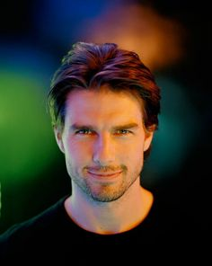 Tom Cruise (Thomas Cruise Mapother IV) (born in Syracuse, New York (USA) on July 3, 1962)