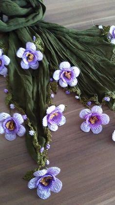 Knitted Shawls, Crochet Scarves, Crochet Shawl, Crochet Lace, Thread Crochet, Lace Knitting, Crochet Stitches, Crochet Designs, Crochet Patterns