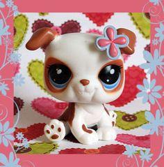 Creepy yet a bit cute!!!!! I am a little torn!!!!! Am I right?!