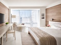 Standard-King-Hotel-Room-Miami-Beach
