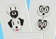コンセント口に表情を与えるステッカー「Creative Outlet Stickers」