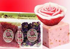Sapun handmade cu ulei de masline si Iasomie, Lumanare handmade decorativa cu ulei esential de trandafir, set de aromaterapie format din sare de baie, petale de trandafir uscate si esenta de trandafiri. De acum dusul zilnic va fi un adevarat deliciu!