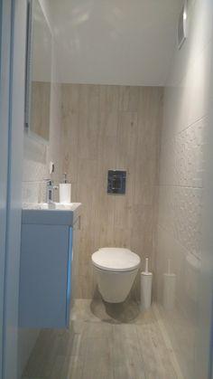 Wnętrza, Bardzo mała toaleta - Pomieszczenie 85 cm na 130 cm. Widział ktoś mniejszą toaletę? :)