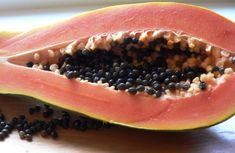 Papaya seeds, natural remedy for Dengue Fever in Costa Rica