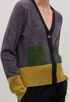 Color Block Color Block Record of Knitting String spinning, weaving and stitching jobs such as for instance BC. Knitting Designs, Knitting Patterns, Knitting Wool, Knit Picks, Sweater Design, Cool Sweaters, Knit Fashion, Mantel, Knitwear